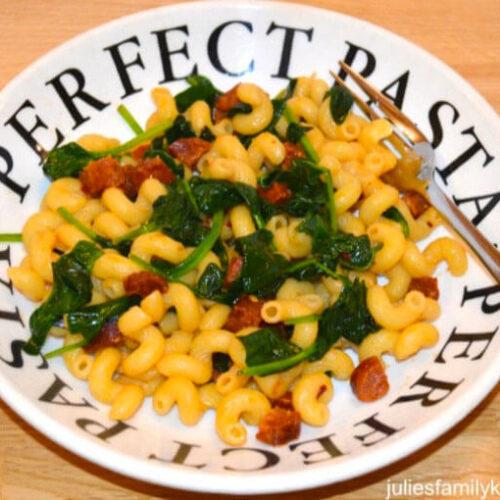 Spicy Chorizo and Spinach Pasta recipe