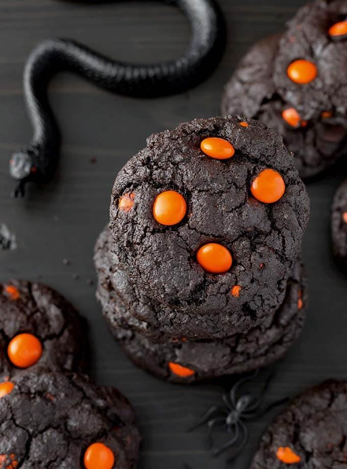 dark-chocolate-halloween-cookies-2